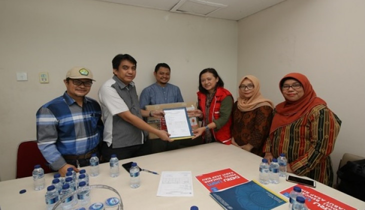 DERU UGM Gives Aid to Riau Smoke