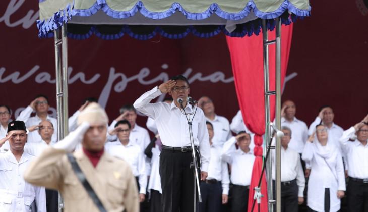 Peringati Hari Pahlawan, Rektor UGM Usung Keteladanan Pahlawan Sardjito