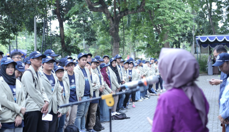 UGM Sends 892 Students for Community Service