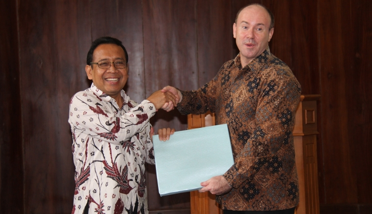 Australian Ambassador and UGM Rector Launch New Colombo Plan