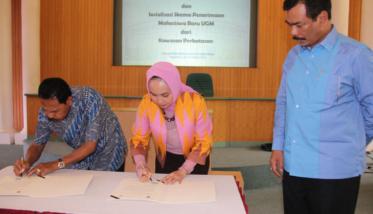 UGM Establishes Cooperation with 12 Regional Governments