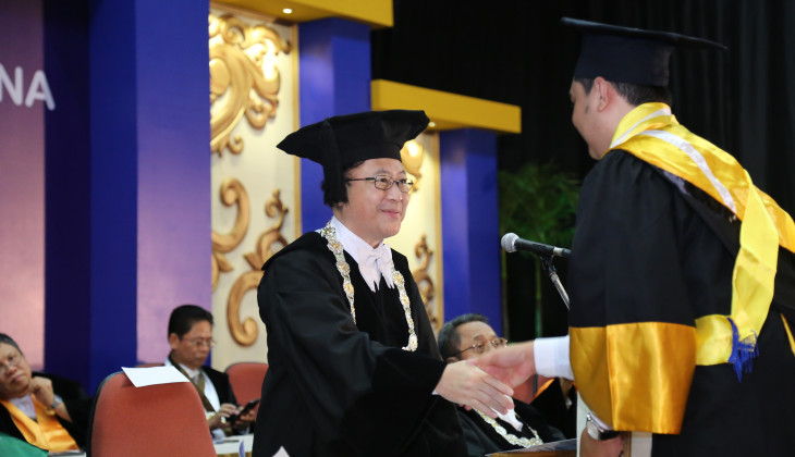 UGM Inaugurates 1,097 New Graduates